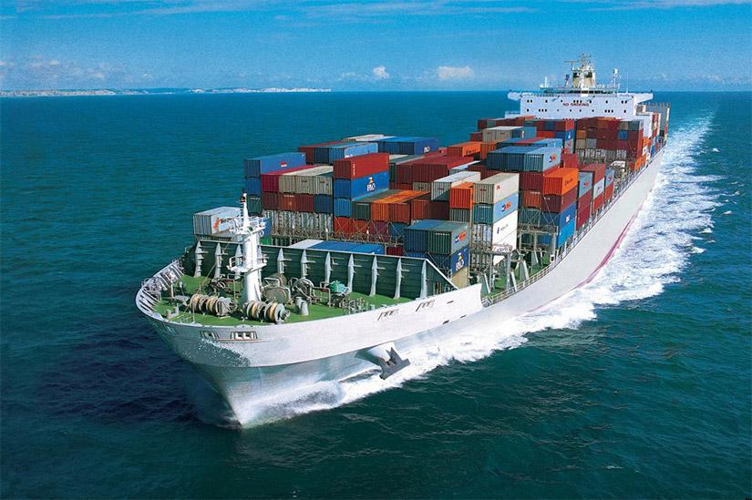 Denizleri Aşan Devasa Kutular: Konteyner Taşımacılığı